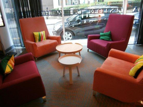 Aloft Brussels Schuman Hotel: sala d'attesa