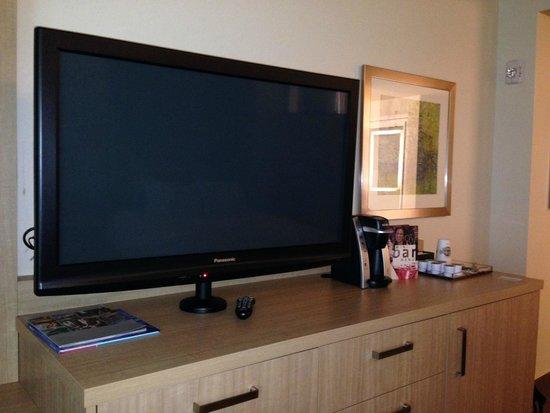Seminole Hard Rock Hotel Tampa: TV and Kureig
