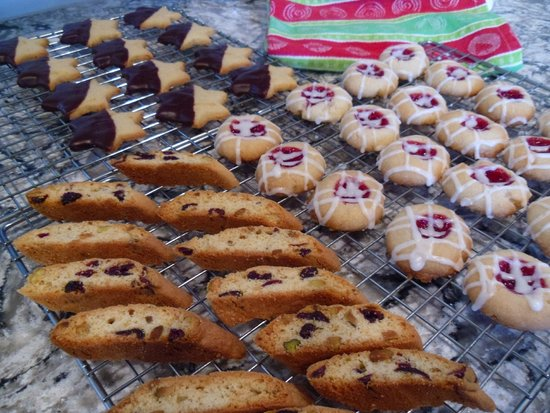 The Guest House Bed & Breakfast : Fresh Baked Cookies