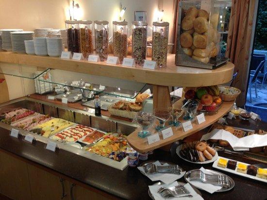 Hotel Spitzberg: Une partie du buffet de petit-déjeuner !