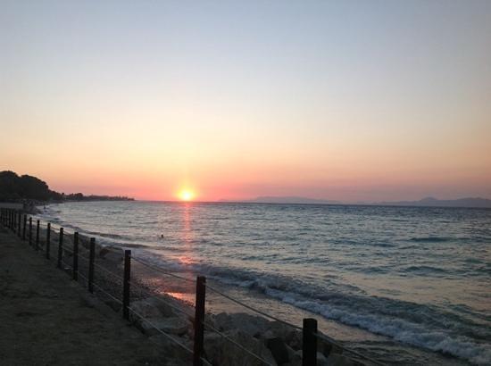 Sunprime Miramare Beach: sunset