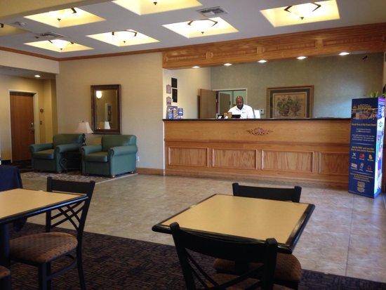 BEST WESTERN Longview: Front desk
