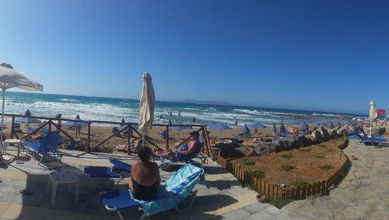 Arina Sand Resort : private beach