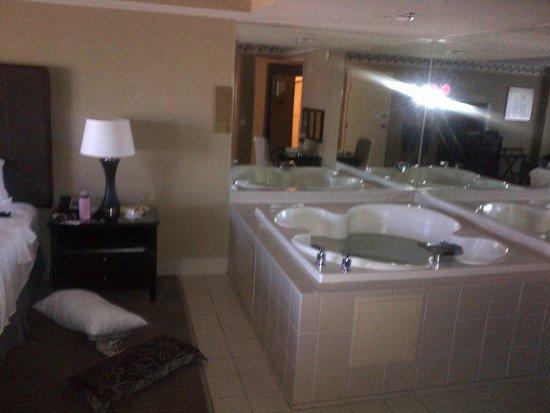 New York - New York Hotel and Casino: suite con idromassaggio