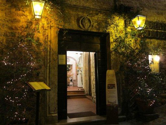 Restaurant Medioevo: Doorway
