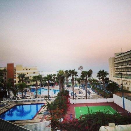 Tsokkos Beach Hotel: Отличный вид с балкона