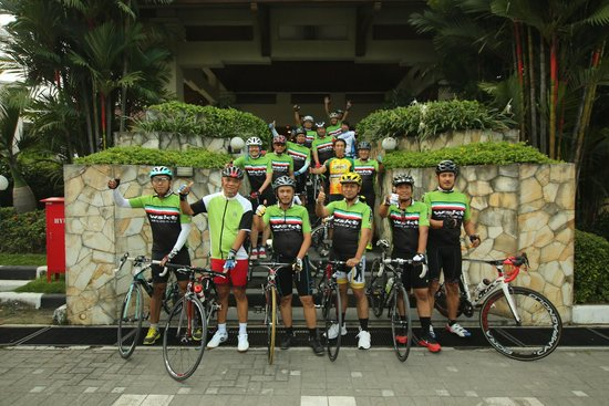 The Sunan Hotel Solo : Sepedaan start/finish di Sunan Hotel
