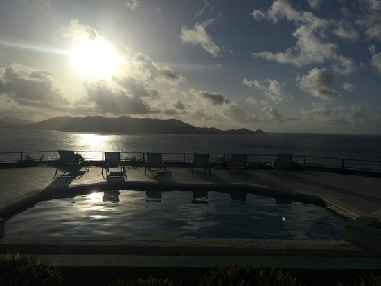 Villa Fantasia: Deck in the morning