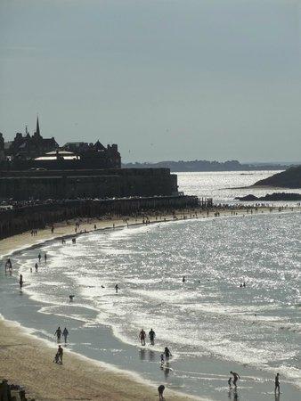 Hôtel Le Nouveau Monde : Depuis la terrasse chambre vue mer