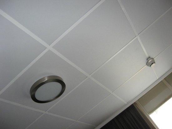 Hotel Blyss: orrido soffitto