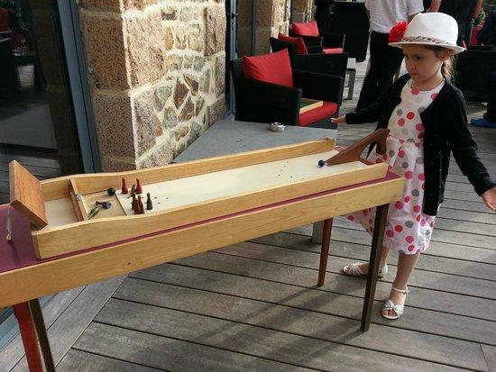 Hotel Castel Beau Site : Jeux en bois