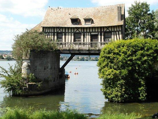 Le Vieux Moulin de Vernon : Una 'cartolina'