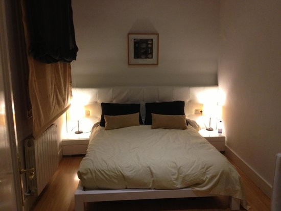 Hostal Goya: Our bed