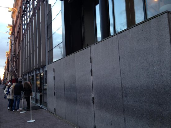 Anne Frank House: Outside the Museum