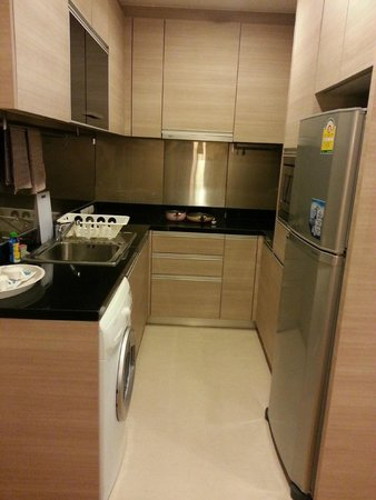 39 Boulevard Executive Residence Hotel: Fully equipped kitchen