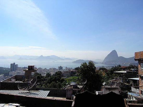 The Maze Inn: Guanabara
