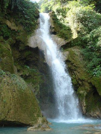 Kuang Si Falls : Se è esistito l'Eden era qui