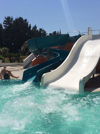 Eden Roc Resort Hotel & Bungalows : Children's pool. Детский бассейн и горки.