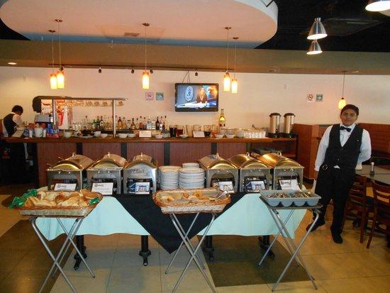 Hotel Lepanto: Un desayuno completo a un precio accesible.
