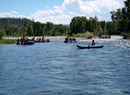Absarokee, Монтана: The Stillwater River, Montana