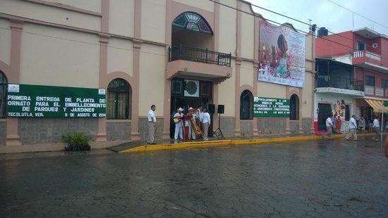 Hotel El Coral: palacio de gobierno,tenian evento pero empezo a llover