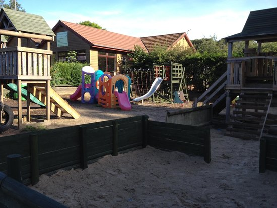 Hill Farm Caravan Park: Playground