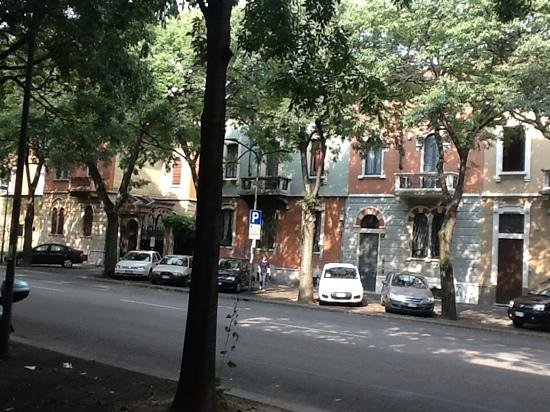 Rue - Picture Of Hotel San Francisco  Milan