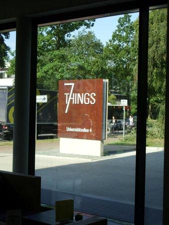 7THINGS - my basic hotel: Bar und Lobby 4