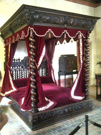 Le Clos Lucé : Da Vinci Bed