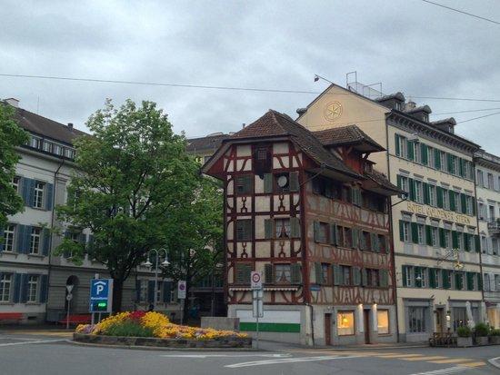 Hotel Stern Luzern: The main entrance at Franziskanerplatz 5