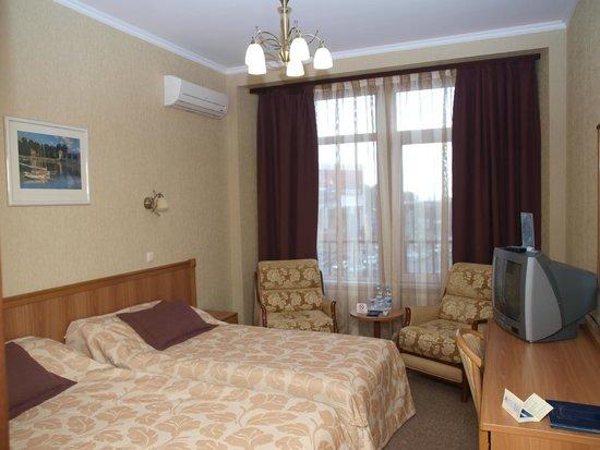 Dnipro Hotel : номер
