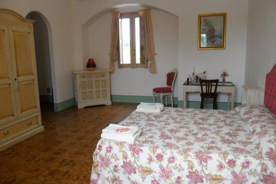 """Torre Mammalia bed&breakfast: La nostra camera """"CORSARO"""""""