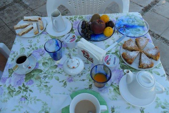 Torre Mammalia bed&breakfast: Colazione