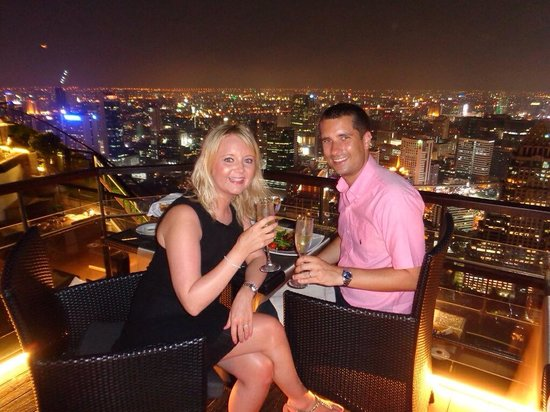 Banyan Tree Bangkok : Our evening meal on the roof!