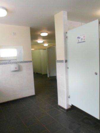 Gibraltar Farm Campsite: Toilet block