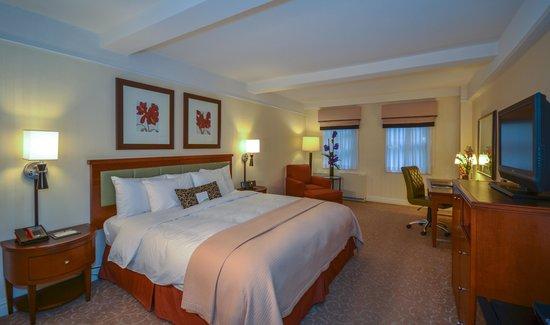 San Carlos Hotel: Deluxe Room King/Queen