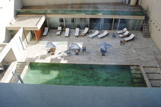 Dazzler Recoleta: Pool