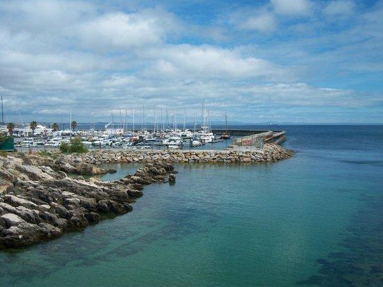 Cascais Marina : Marina as seen from Santa Marta beach.