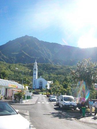 Road to Cilaos : Église de Cilaos