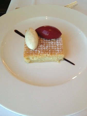 Galvin at Windows Restaurant: gâteau basque