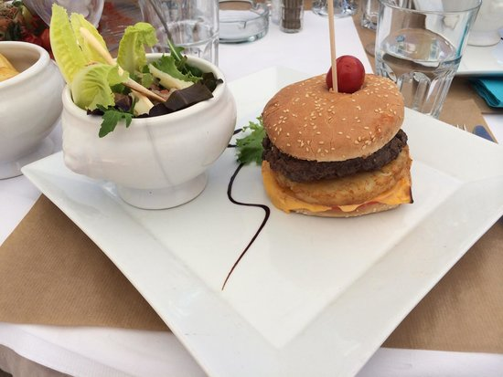 Star Plage : Cheese burger