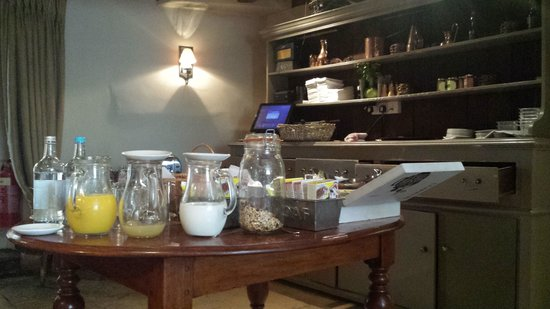 The Village Pub: Breakfast!