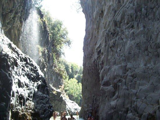 Gole Alcantara Terralcantara: la cascata