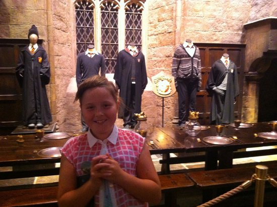 Warner Bros. Studio Tour London - The Making of Harry Potter: Great hall is vast & impressive!