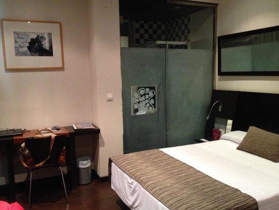 Petit Palace Plaza de la Reina: Room 407