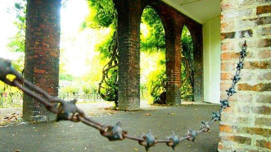Holland Park : 1