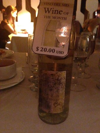 Grand Palladium Punta Cana Resort & Spa: A bottle of wine costing 20usd with this look