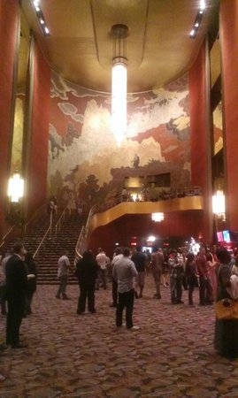 Radio City Music Hall : Staircase