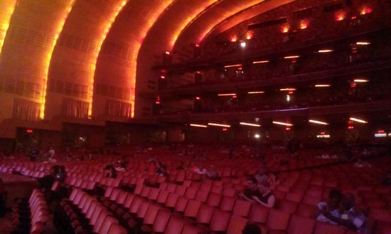 Radio City Music Hall : Theater