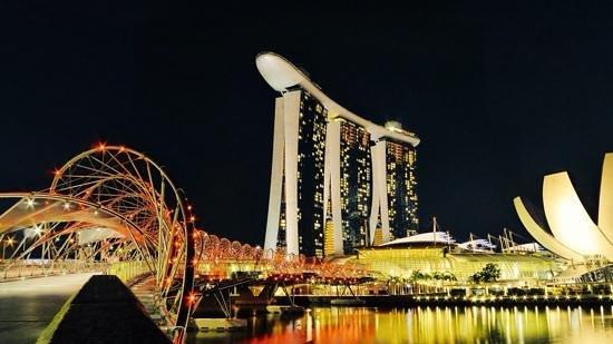 Marina Bay Sands: Mbs by night